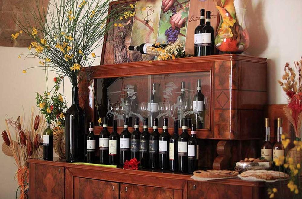 Cosa fare a Montalcino Degustazione di vini alla Corte Dei Venti